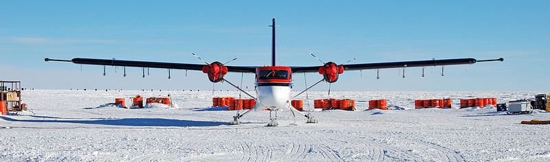 Our survey aircraft, a DHC-6 Twin Otter, from Kenn Borek Air in Calgary. You can see the eight dipol antennas for the ice-penetrting radar system mounted under the wings and the two magnetometer pods on the wingtips.