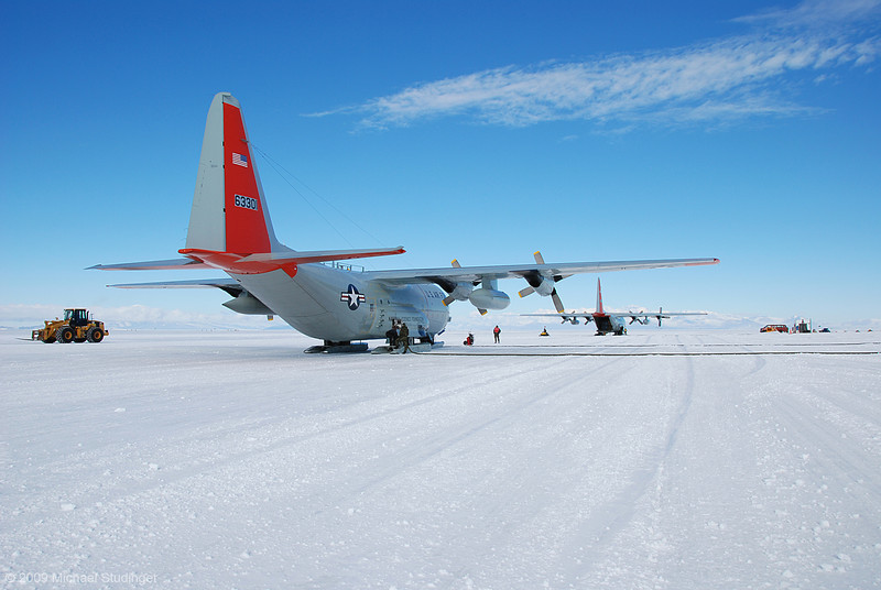 """Next to us are two LC-130 """"Hercules"""" that also get fuel. But is takes a lot longer to fill their tanks!"""