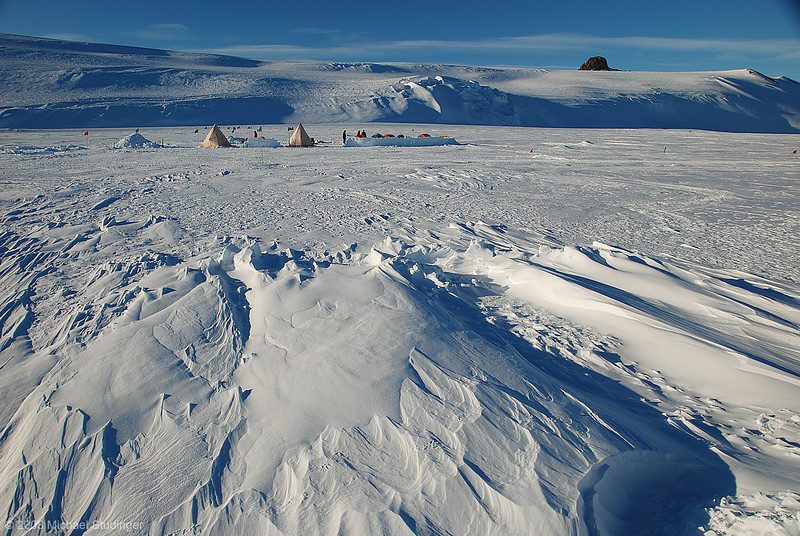 Snow school a.k.a. Happy Camper is two days of basic survival training on the Ross Ice Shelf near New Zealand's Scott Base. In the background you see Hut Point Peninsula and Castle Rock. We had great conditions: temperatures around -13°C and only a few periods where the wind picked up and it became chilly. It's good to be outside and soak in the cold air and spectacular scenery of the polar environment.