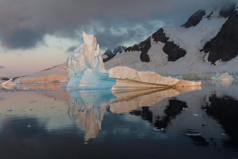 Sunset in the iceberg graveyard 2