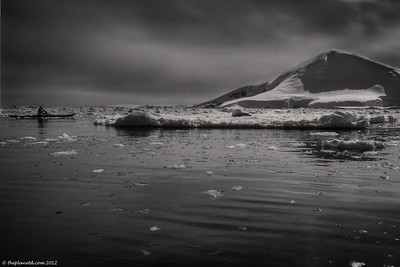 Kayaking-Antarctica-11