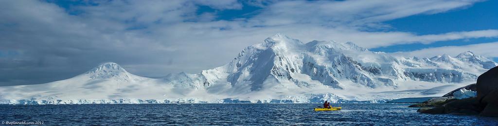 sea kayak Antarctica