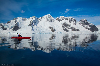 Kayaking-Antarctica-9