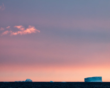 The dramatic colorful light of an antarctic dawn