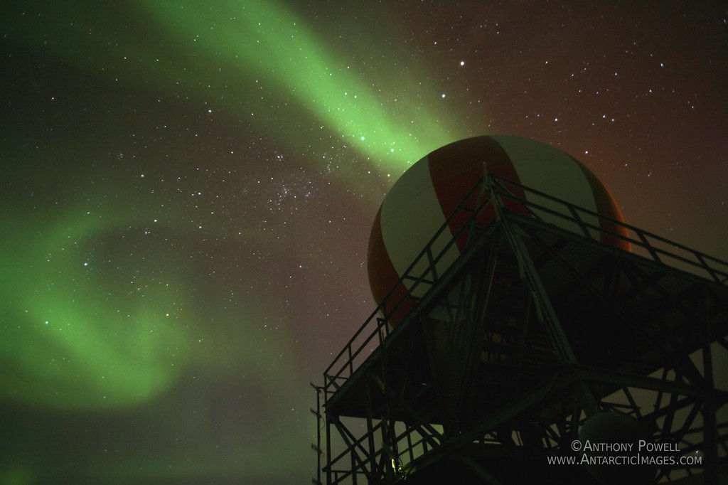 Aurora Australis at T-Site, near McMurdo Station, Antarctica.