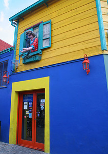The locals are fanatically dedicated to the Boca Juniors.  This is just one of many buildings in the neighborhood painted in the team colors.