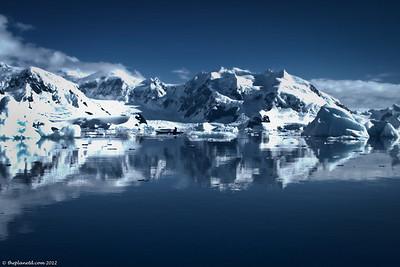 Antarctica-Landscape-Paradise-Bay-1