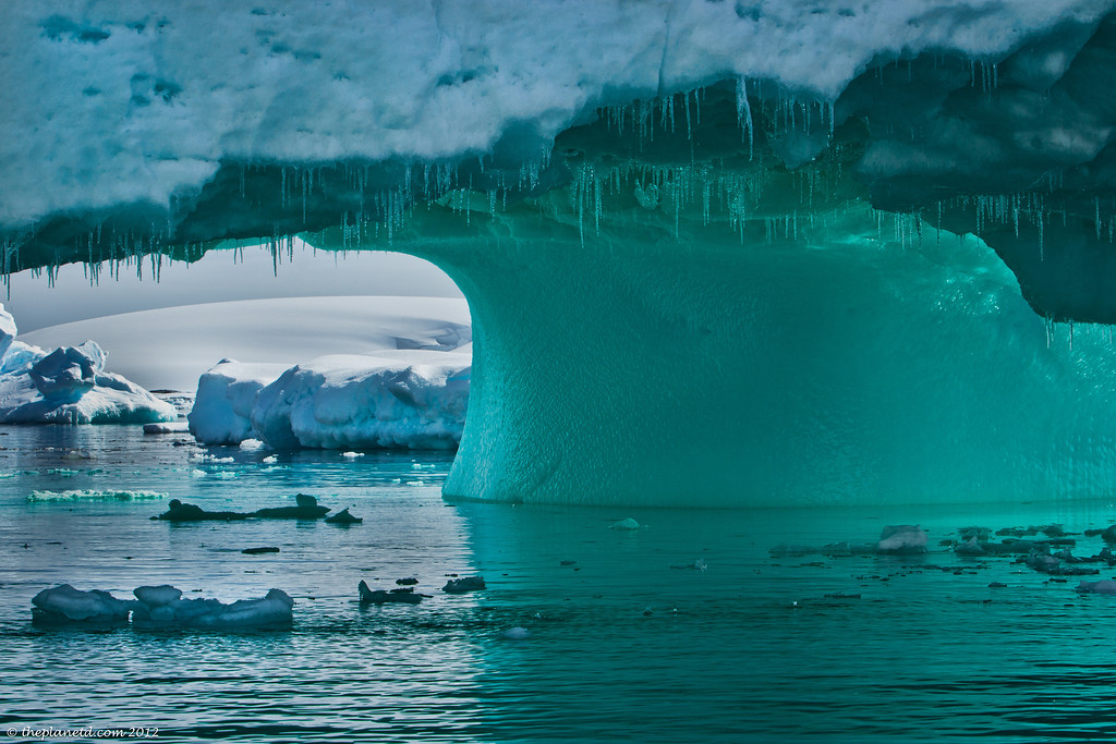 Antarctica-Ice-bridge