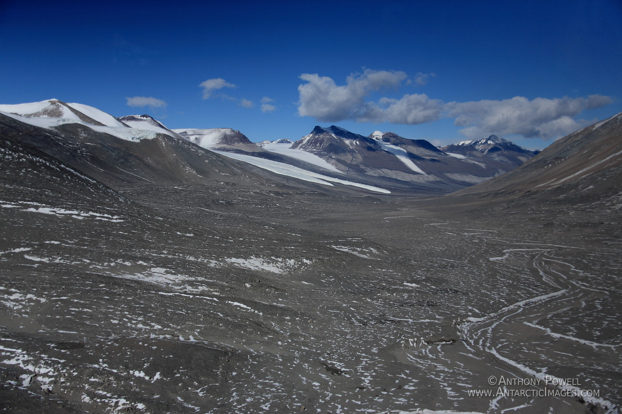 The Onyx River, which only flows for about 2 months each year into Lake Vanda, is Antarctica's longest river in the Dry Valleys.