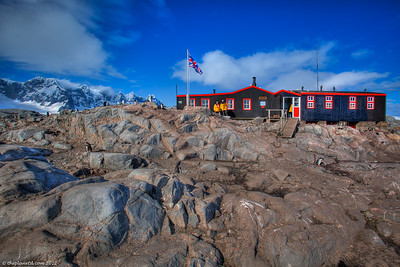 Antarctica-port-lockroy-postal-office-1