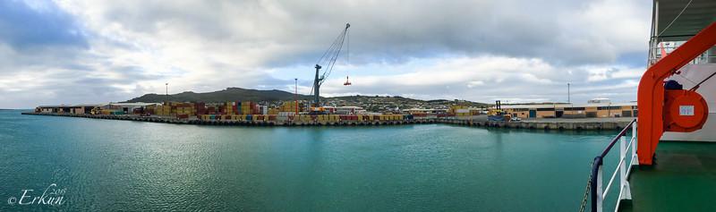 Disembarkation in Bluff, NZ.