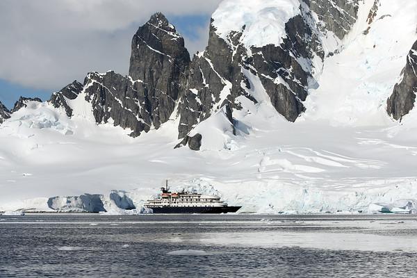 MS Hebridean Sky, Errera Channel, Cuverville Island, Antarctica