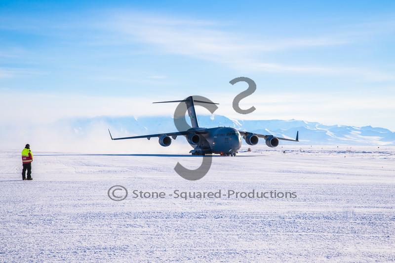 C-17 Landing