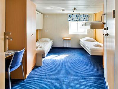 ocean-nova-cabin-triple-1