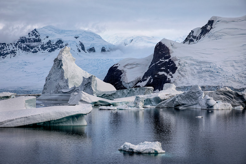 Icebergs, Glaciers & Mountains