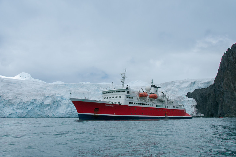 Ship in Elephant Island, Antartica
