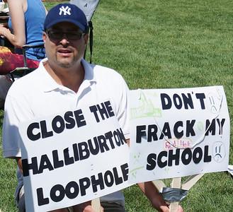 fracking-protest-erie-2.