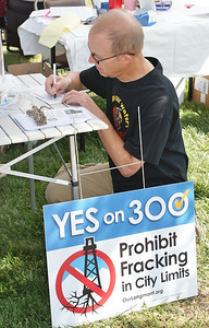 fracking-protest-Longmont-11