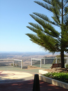 Picnic Point Garden from the top of the escarpment, Toowoomba, Queensland Australia 2004