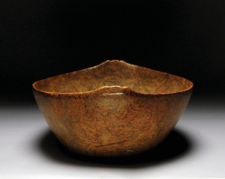 Burl Bowl with Raised Effigy Crest