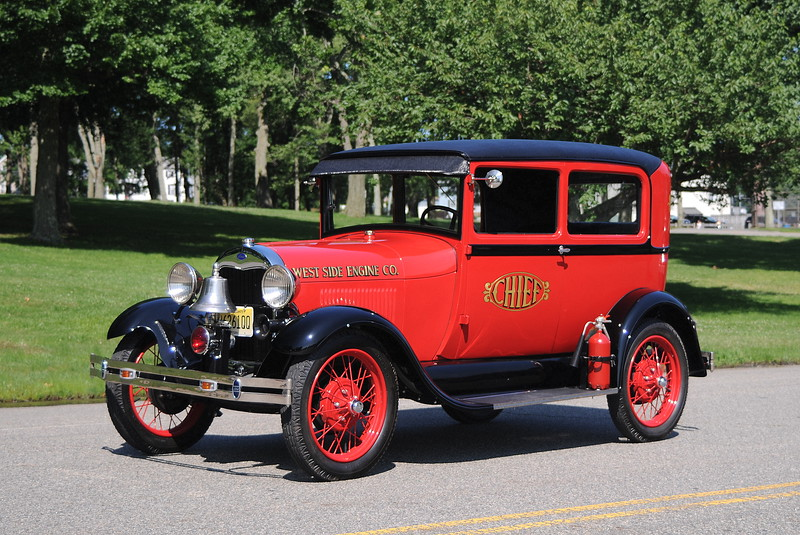 """""""West Side Engine Company' Chief<br /> 1928 Ford Model A"""