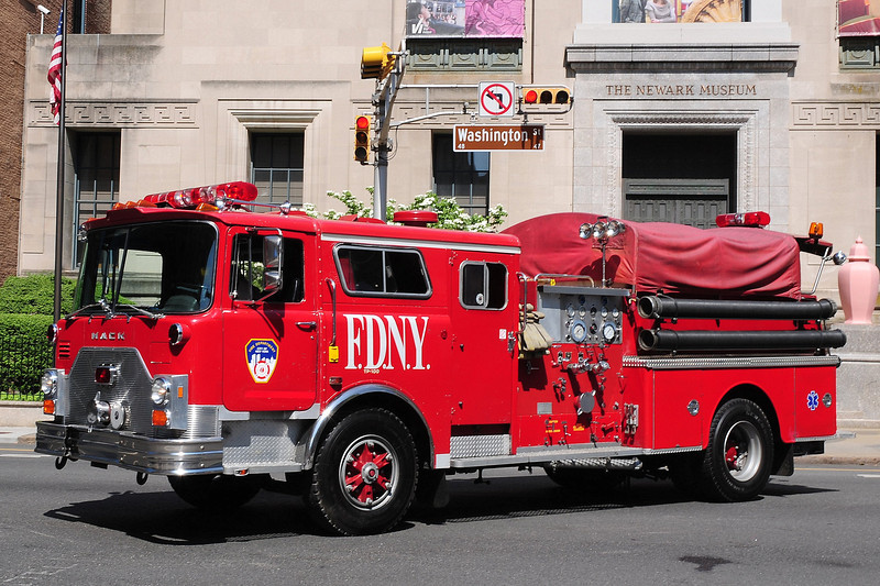 New York City Fire Dept FDNY Ex-Engine 65 1983 Mack CF 1000/ 500  Shop #MP8306 CF688F10-1047    Now owned by a Collector