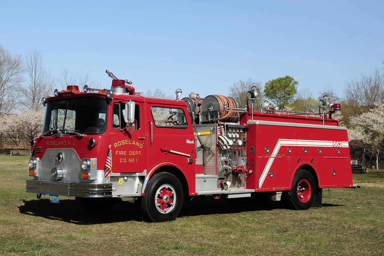 Roseland  Fire  Dept   Roseland, Nj   Engine  663   1980  Mack CF  1000/ 500