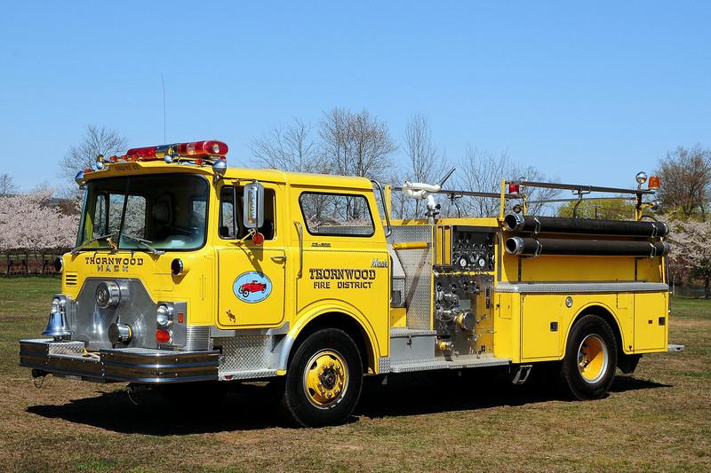 Thornwood  Fire  Dist   Thornwood, NY   1975  Mack CF  1500/  500