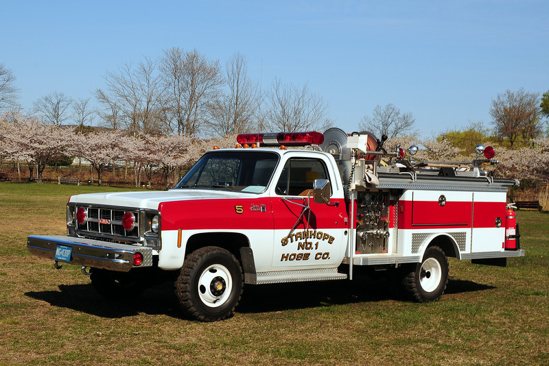 Staqnhope Fire Dept,   Stanhope , NJ   Engine  5   1980  GMC  Serra  Grande / Emergency-One  500/ 250