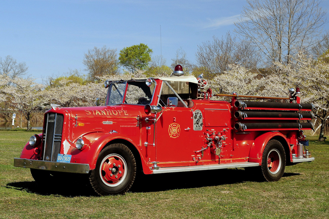 Stanhope  Fire Dept,  Stanhope, NJ  1955  Ward La  France   Model 83T  750/ 250  owned  by  a  Collector