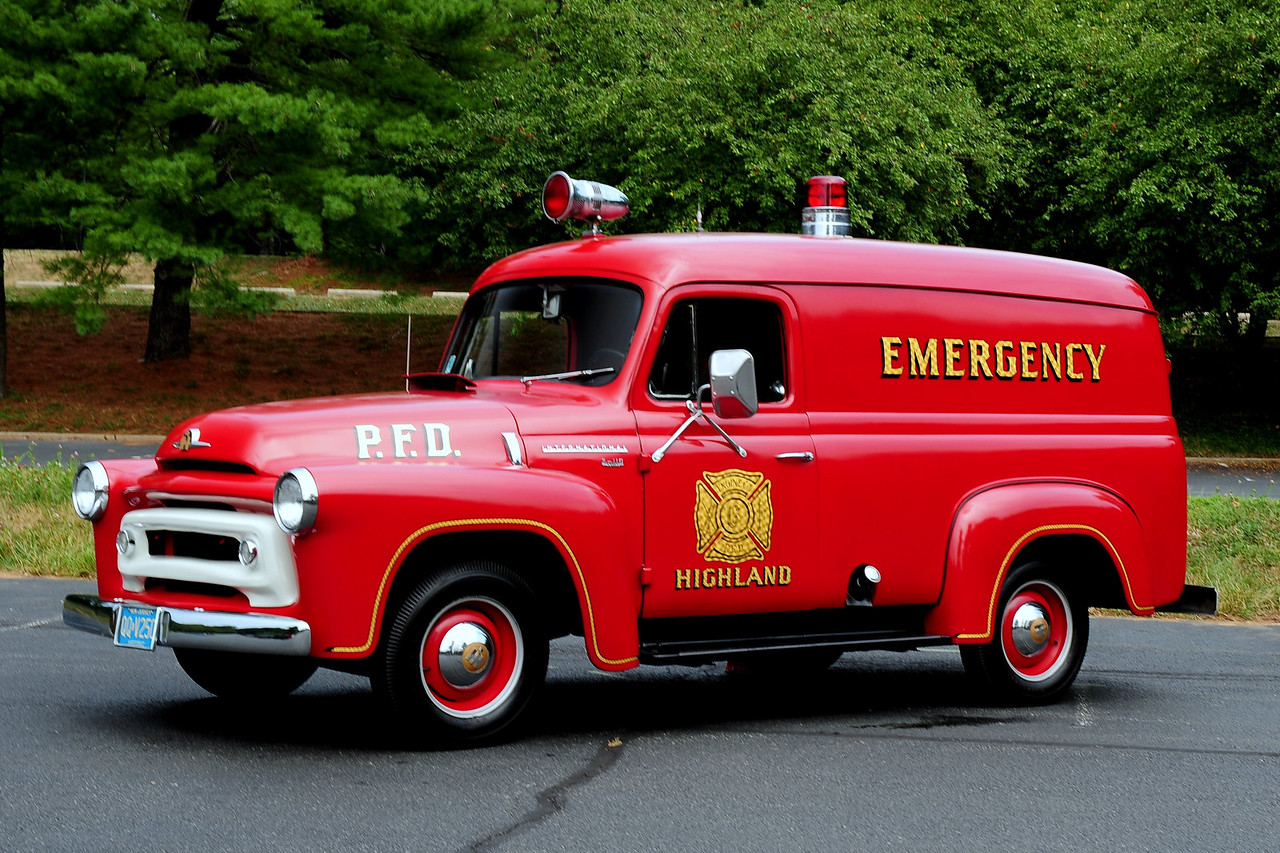 HIGHLAND FIRE CO PENNSAUKEN, NJ  1956 INTERNATIONAL S-110   OWNED BY KEITH KNIGHT