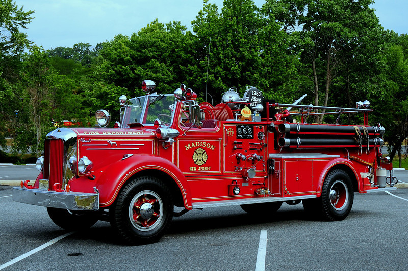 MADISON, NJ - 1953 MACK L85S 750/ 500 OWNED BY BILL STROUP