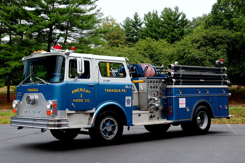 TAMAQUA, PA  1971 MACK CF 600 1000/ 1000 NOW MAINTAINED BY THE SCHUYLKILL HISTORICAL FIRE APPARATUS SOCIETY