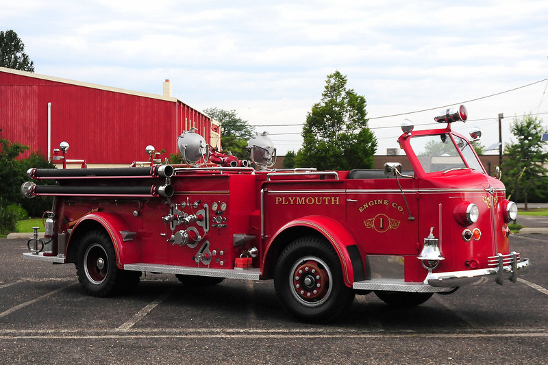 Plymouth Fire  Dept , Plymouth, PA Engine  co 1 1948 American LaFrance 750/ 200