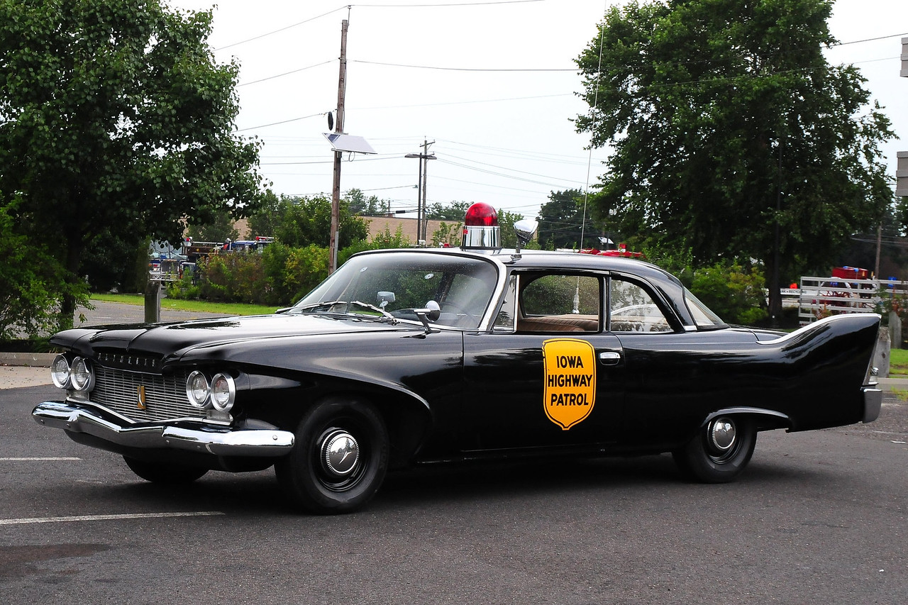 Iowa Highway Patrol – 1960 Plymouth