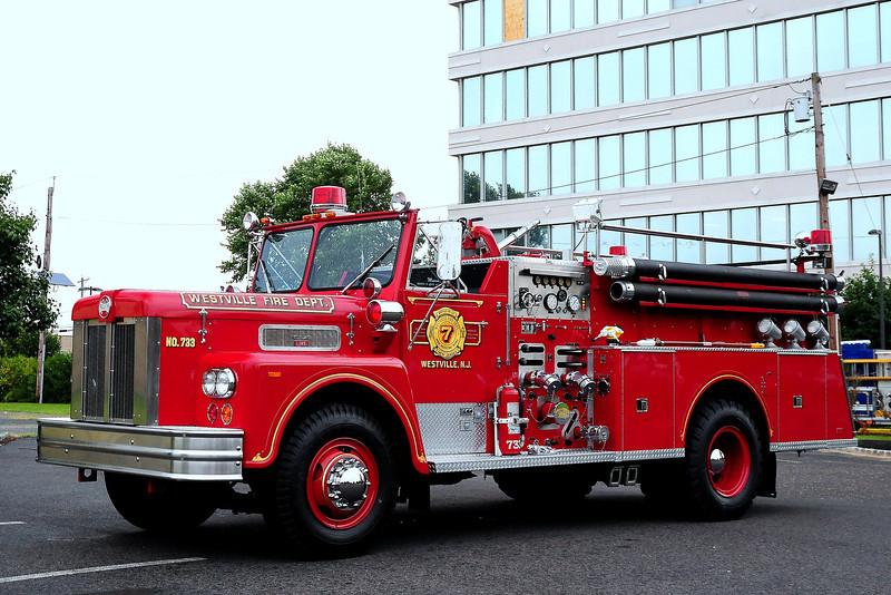 Westville Fire Dept , Westville, NJ Engine 733 1976 Maxim 1000/ 500  #3375