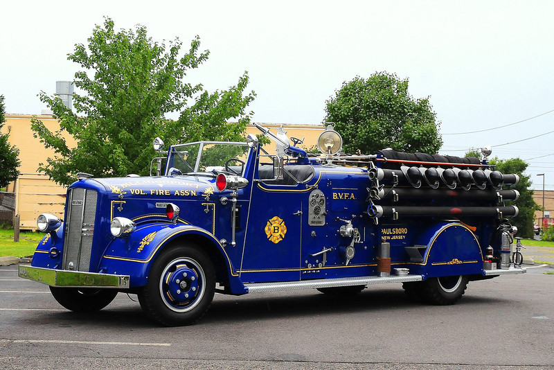 Billingsport  Vol  Fire  Assoc, Paulsboro, NJ 1949 Ward LaFrance 500/ 240  Model 56T # 492389