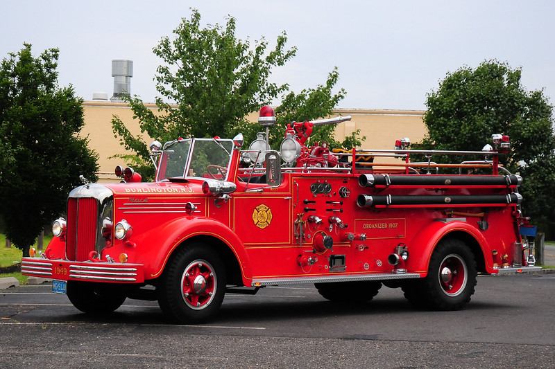 Neptune Hose Co,  Burlington, NJ Engine 9053 1949 Mack LS 1000/ 500