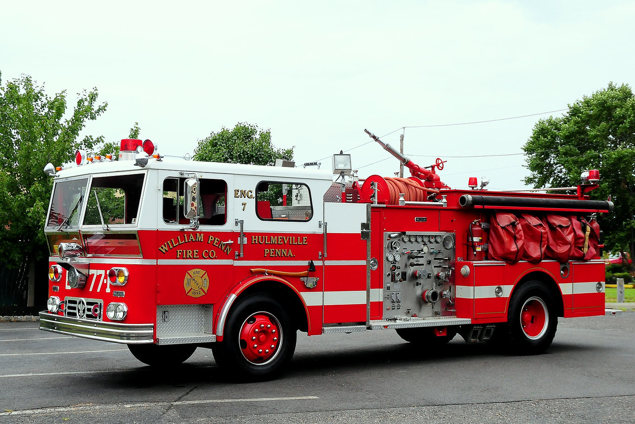 William Penn Fire  Co  Hulmeville, PA  Engine 7 1970 Ward LaFrance 1000/ 500  #80-456
