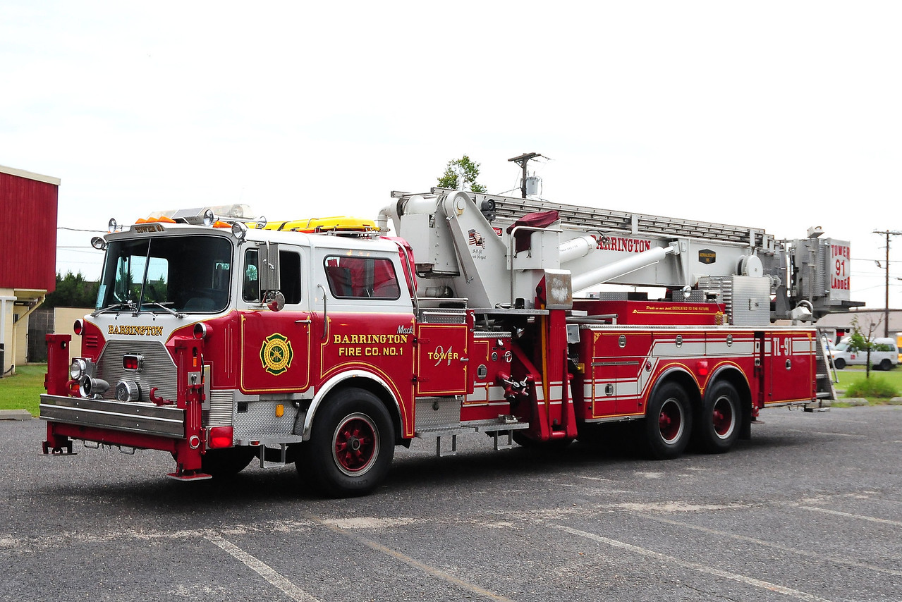 Barrington  Fire Co 1 , Barrington, NJ   Tower 91 – 1986 Mack/Baker 95' Aerialscope  Ex-East Islip, NY  CF688FAPS1162