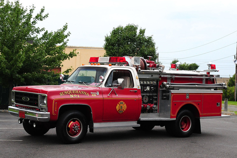 Susquehanna Fire  Dept ,  Abington, PA  1979 Chevy/Pierce 400/ 250  Job# E-0011