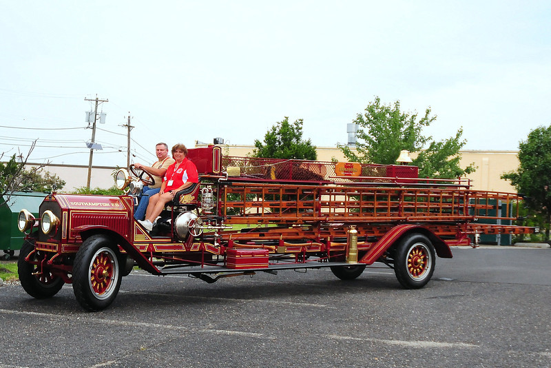 South Hampton Fire Dept, South Hampton, NY 1912 American LaFrance Type 14 ladder truck