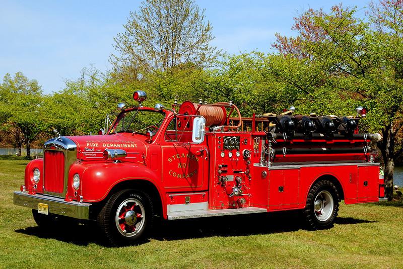 1959 Mack B-85 750 gpm pump 500 tank Steamer Co #1 Washington, New Jersey (Warren County