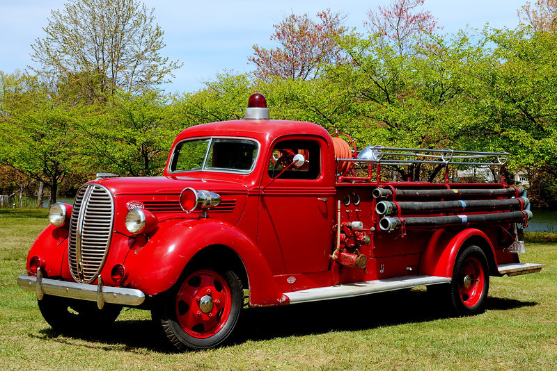 1938  Ford  Cayasler   500 GPM  possibly  served   North Branch, NY,  then  sold  to a  Indain  Tribe  In NY State  Now  owned  by a  collector  in  NJ