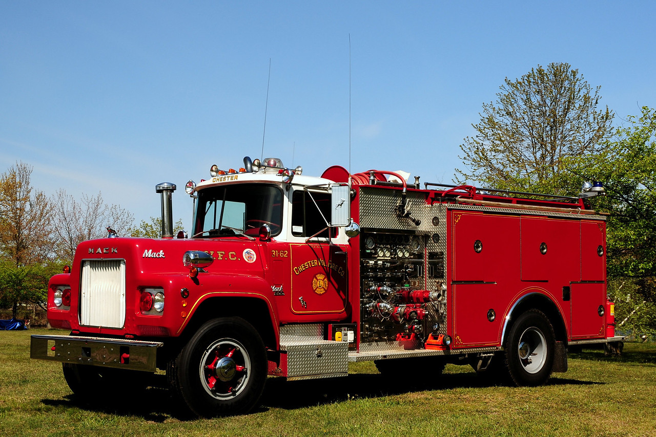 Chester Vol Fire Co Chester,NJ Engine 31-62 1970 MACK R /PIERCE 1250/ 1000 NOW Privatly Owned