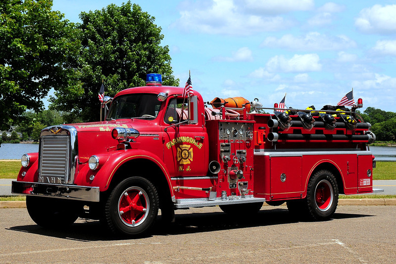 Farmingdale Fire Dept 1957 International/ Hahn 750/ 750