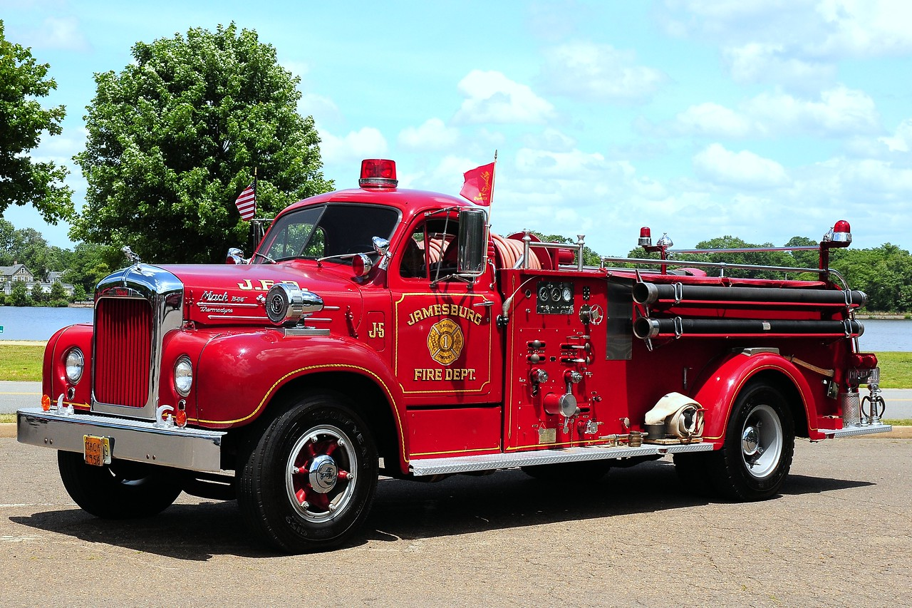 Jamesburg  Fire  Dept   1956  Mack   750/ 500
