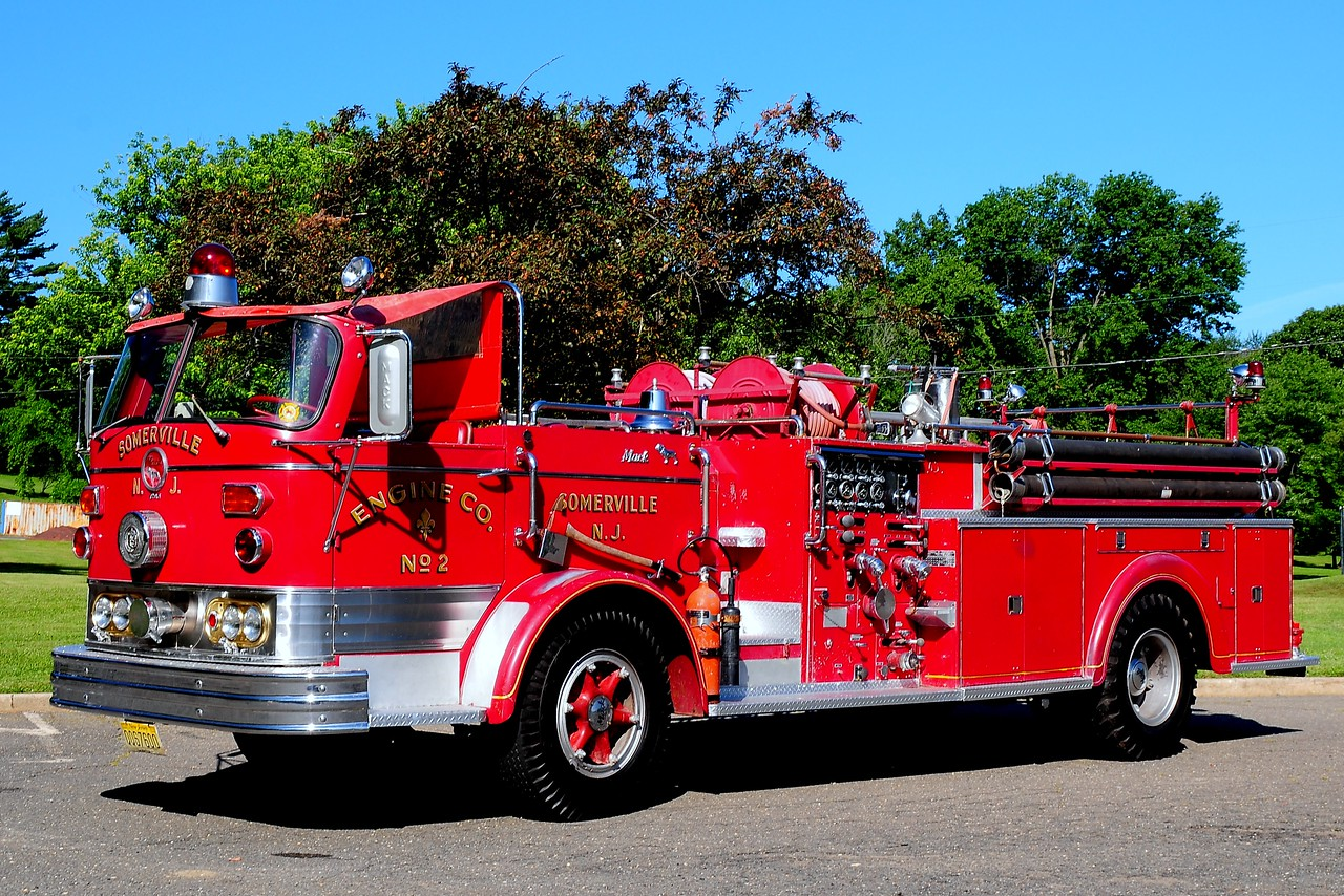 West End Hose  Co   Somerville, NJ    Engine  2  1961  Mack 1000/ 500