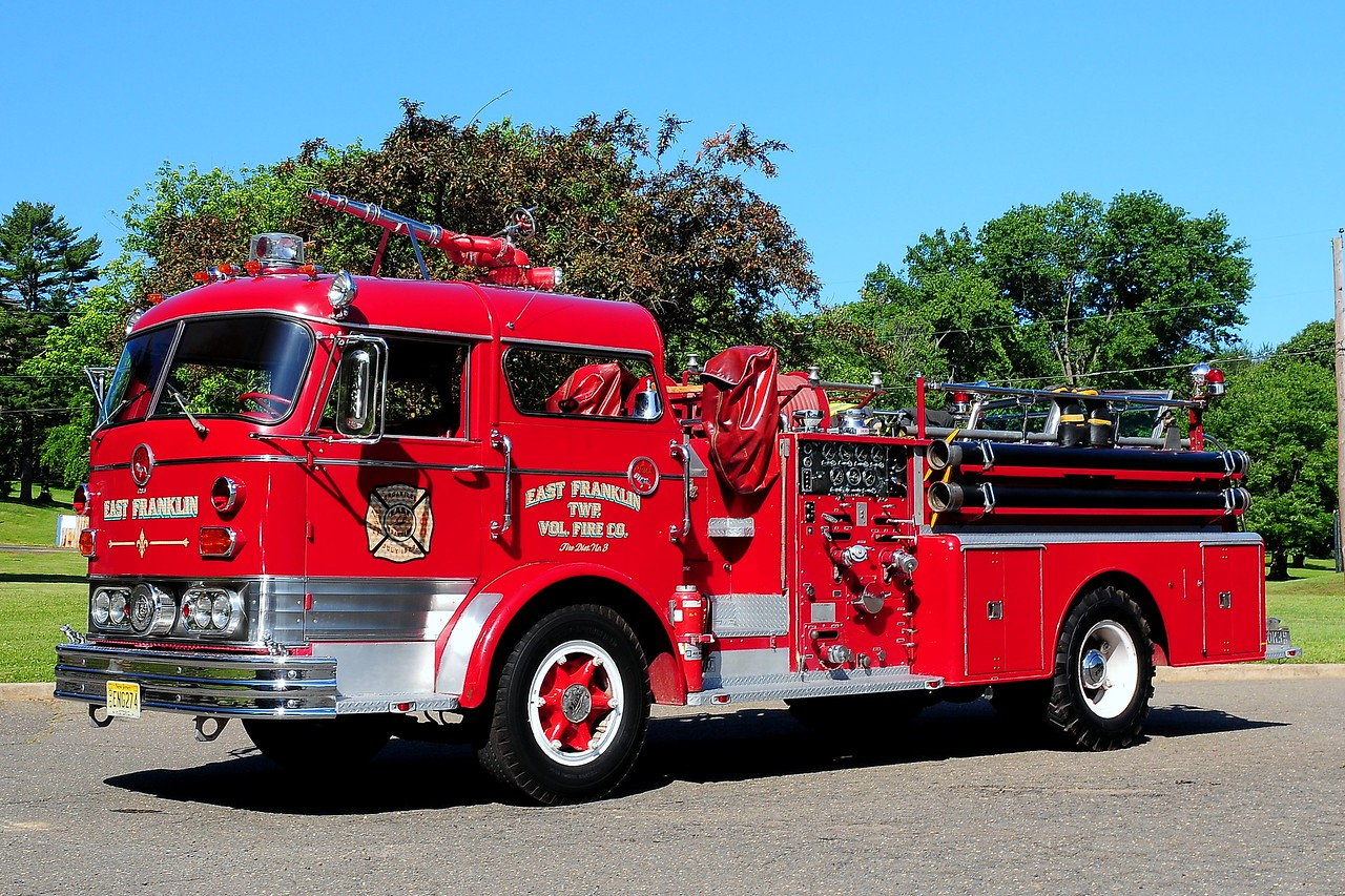 East Franklin Twp   Fire Co  1962  Mack   1000/ 500