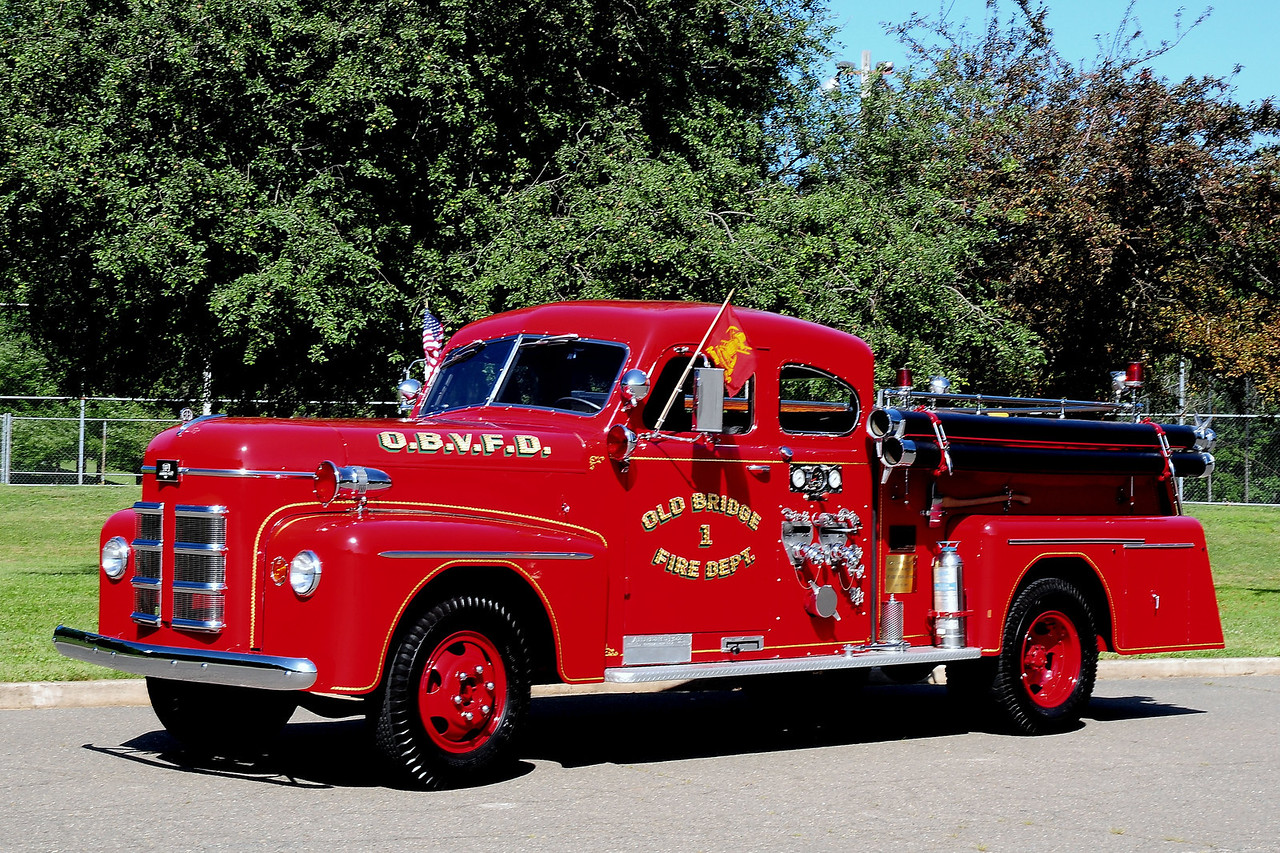 Old  Bridge  Fire  Dept   1947  Athern Fox 750/ 500